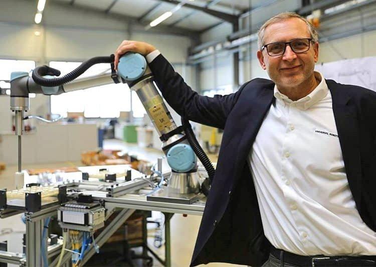 Universal Robots comemora 50 mil robôs colaborativos vendidos